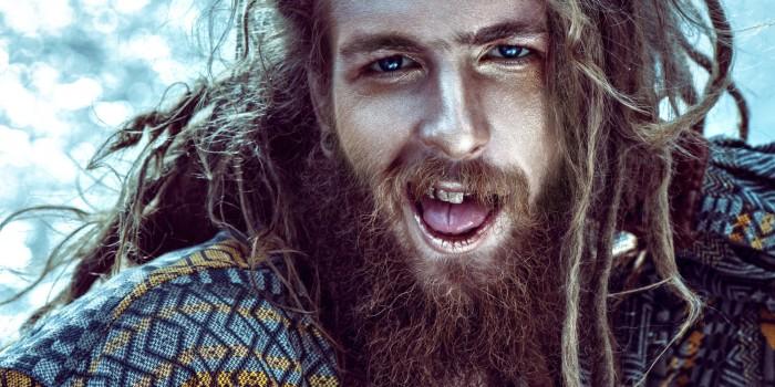 Barba Hipster é a barba que segue nenhum padrão, somente o seu
