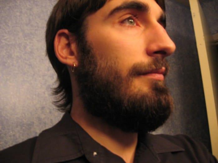 Barba Volume no Pescoço
