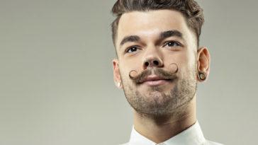 Aprendendo a fazer um bigode fininho em 5 passos!